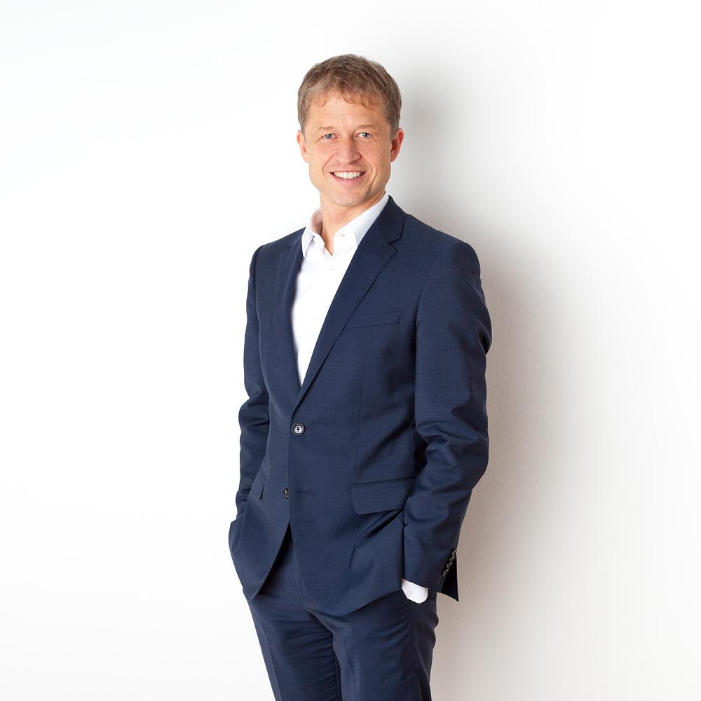 Notar-Dr.-Christoph-Mondel